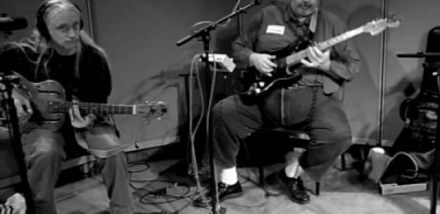 The Slide Guitarists of Old Town School perform on 'Eight Forty-Eight'