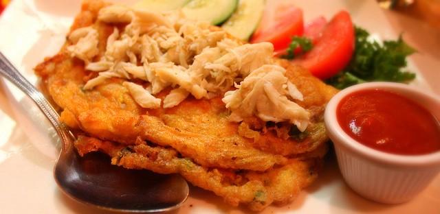 Kai Jiaw Moo Sub with crab