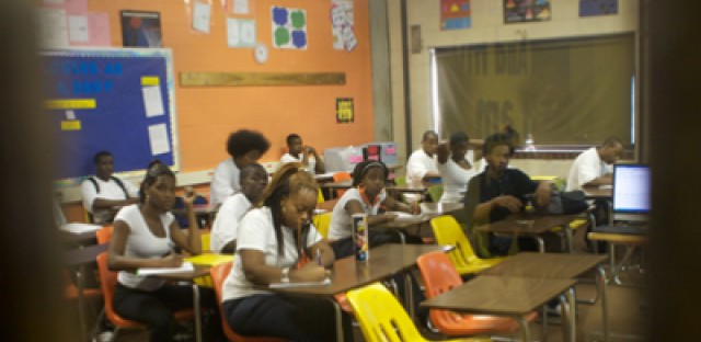 Chicago academics warn against using student test scores to rate teachers