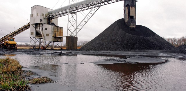 A conveyor belt moves underground mined coal to the surface at Peabody Energy's Gateway Mine near Coulterville, Ill. in March 2006.