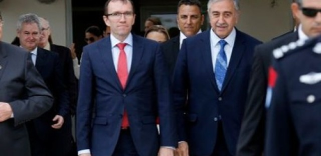 Cyprus peace talks move forward