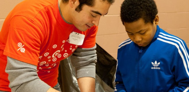 Chicago Cares teams up with WBEZ for a 'Day of Service'