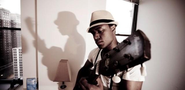 Singer Jerome Holloway