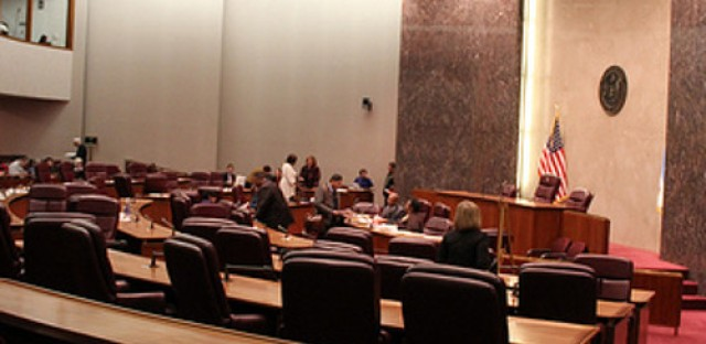 Plastics bags, rideshare and other issues fill City Council docket