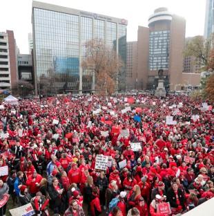 Indiana teachers rally AP