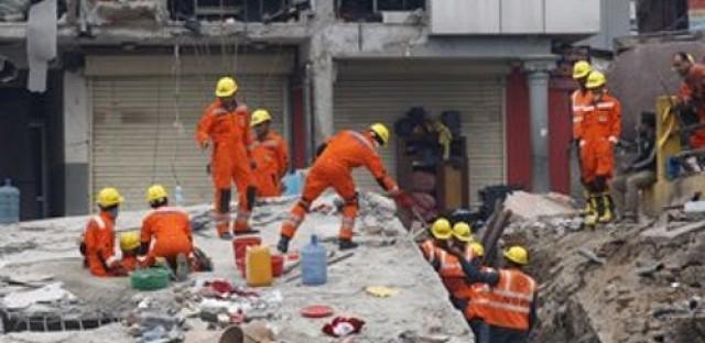 China and India react to Nepal quake