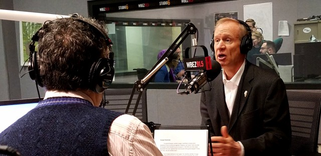 'Morning Shift' host Tony Sarabia discusses a listener question with Gov. Bruce Rauner during 'Ask the Governor' in 2017.