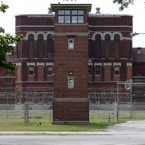 Pontiac Correctional Center Stays Open, Reaction Mixed