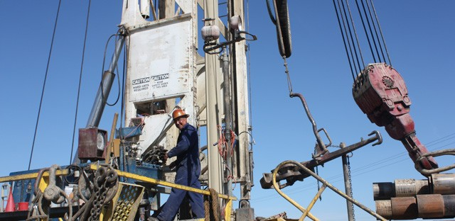 Drought drives drilling frenzy for groundwater in California
