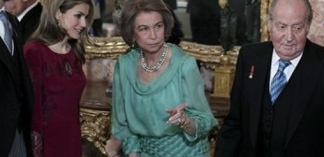 The Spanish monarchy combats scandal and growing dissapproval