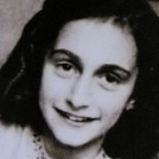 compare contrast anne frank vs elie wiesel Night—elie wiesel compare/contrast essay—life is beautiful vs night both night and life is beautiful tell the story of jewish life before and during the holocaust of wwii.