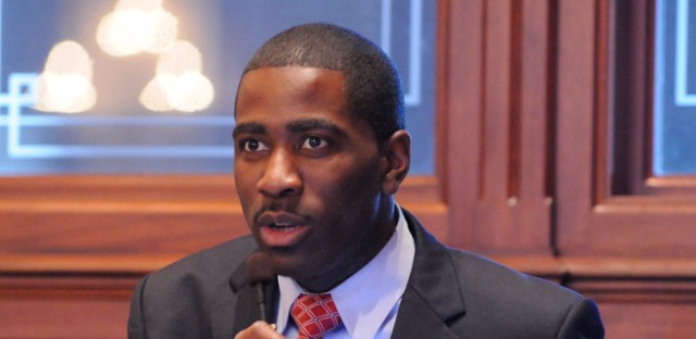 "Representative Marcus Evans is sponsoring a bill that would make it easier for people with a criminal background to get an occupational license. ""Bills like this get folks off the sidelines,"" he said."
