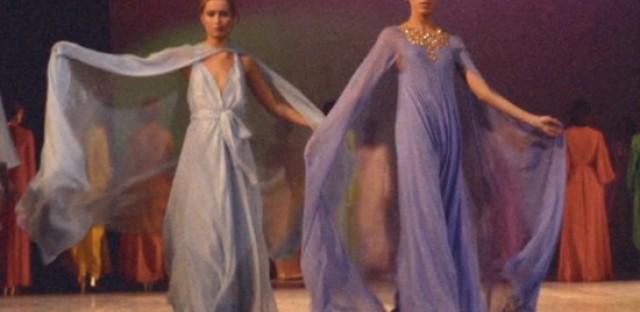 Models strut their stuff in Versailles '73