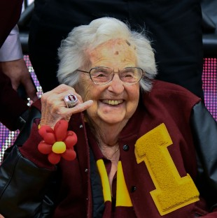 Loyola's Sister Jean shows off her NCAA Final Four ring