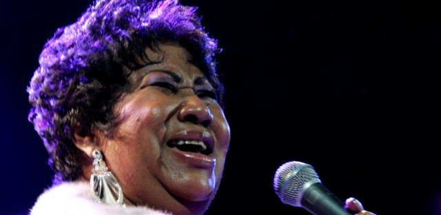 """In this Nov. 21, 2008 file photo, Aretha Franklin performs at the House of Blues in Los Angeles. A month after her Dec. 2, 2010, surgery in Detroit for an undisclosed ailment, Aretha Franklin says her health is """"superb."""" Franklin called in to """"The Wendy Williams Show,"""" on Wednesday, Jan. 12, 2011, telling the host she was relaxing at a casino hotel in her hometown and hopes to begin traveling soon, saying she'll be """"looking for a fabulous beach."""" She says she has two more weeks of down time as she continues her recovery."""