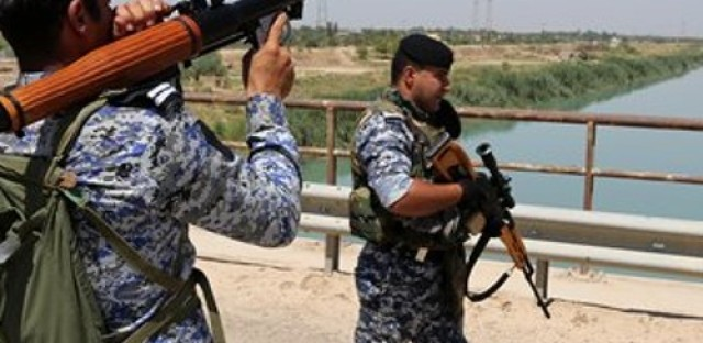 Iraqi government in turmoil as conflict spills over borders