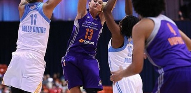 The Sky battle it out in the WNBA Finals