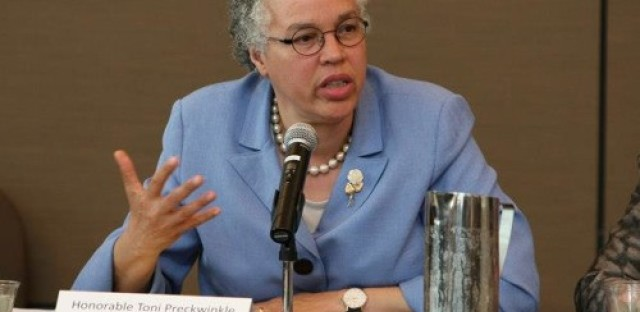 President Preckwinkle previews 2014 Cook County budget