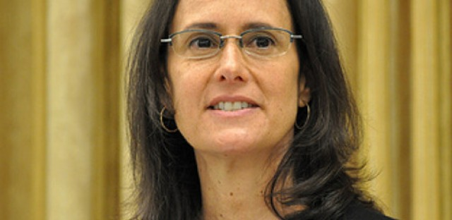 Attorney General Lisa Madigan takes on data breaches