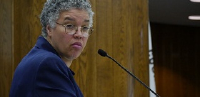 New Cook County phone contract will save families money