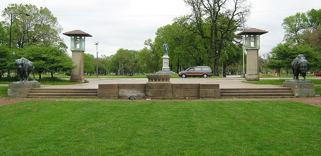 Humboldt Park gives neighborhood its namesake and connects the community