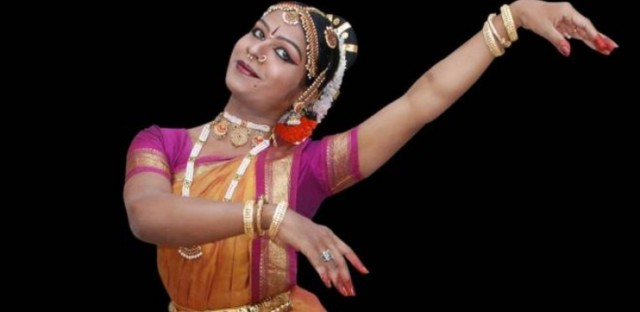 "The performers in ""Ratri"" blend Bharatnatyam, Kathak and Kuchipudi dance styles"