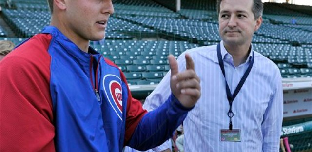 Rizzo meets with Cub owner Tom Ricketts at Wrigley beofre first game as a Cub.