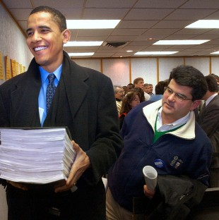 Barack Obama files petition to get on the primary ballot for the U.S. Senate