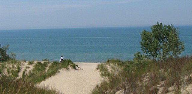 Morning Shift: Investigation seeks source of holes at Indiana Dunes