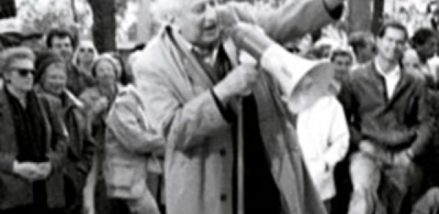 Photo Credit: Studs Terkel at the 1989 Bughouse Square Debates, courtesy Newberry Public Library
