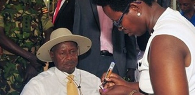 Uganda's President pushes for HIV awareness