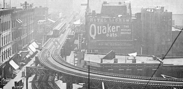 Before the Mart: The 'L' at Wells-Kinzie, 1900
