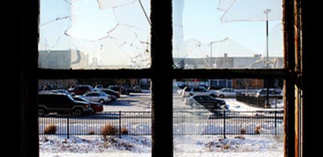 Sheraton Hotel in Gary finally faces wrecking ball