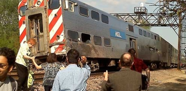 Eyewitness account of Metra accident from my mom: 'I had to jump out the window'