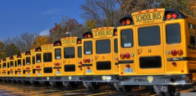 Nearly 300,000 Chicago students head back to school