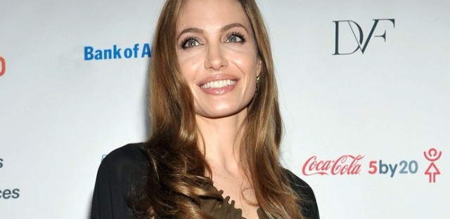 Angelina Jolie attends the Women in the World Summit in New York on April 4, 2013.