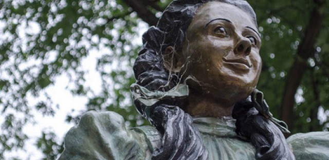 Chicago parks have zero statues of women, 48 statues of men