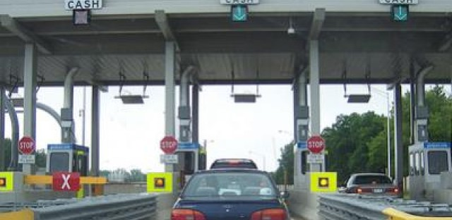 Illinois Tollway board approves 88% toll hike