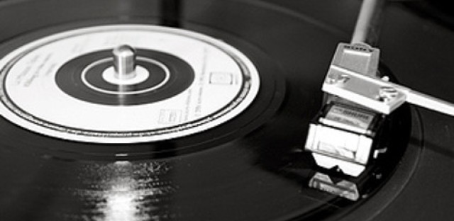Increased record sales put strain on vinyl pressers