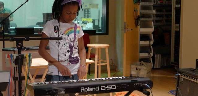 Elementary students rock out: The Pop Tots live in-studio