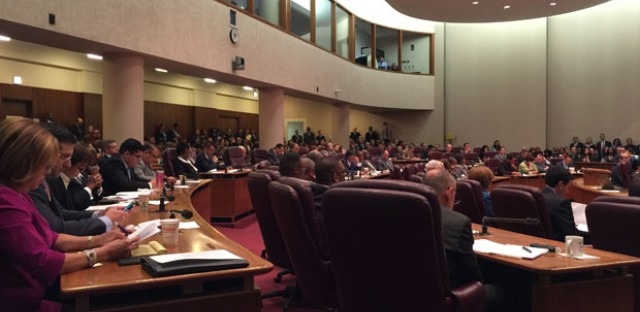 Emanuel's 'throwaways': Aldermen hope 311 proposal is just politics as usual