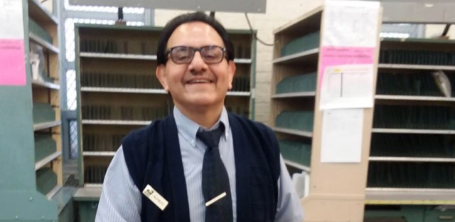 Alfredo Jacinto is retiring after 50 years as a U.S. Postal Service worker, including nearly four decades as a familiar face at a Pilsen post office.
