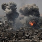 Airstrikes target Islamic State