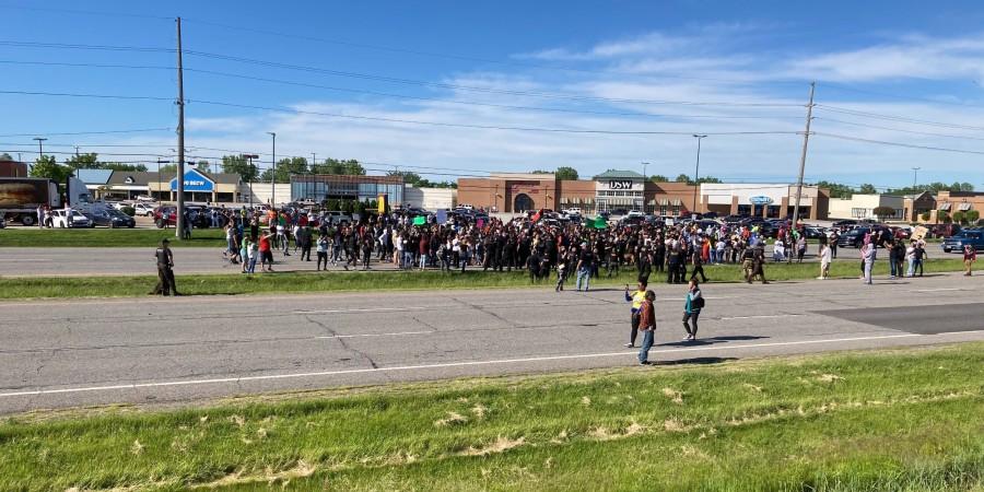 photo of demonstrators in Hobart, Indiana