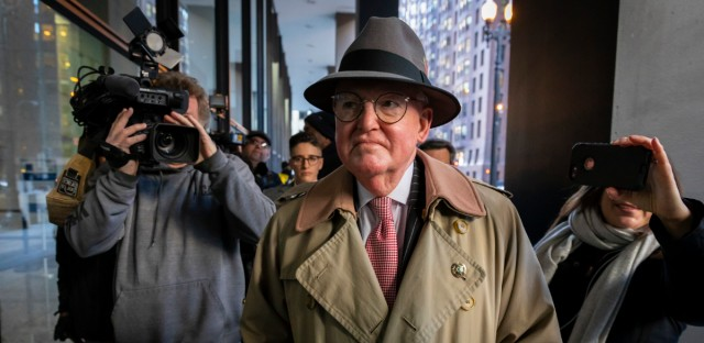 Ald. Ed Burke, 14th Ward, enters the Dirksen U.S. Courthouse in Chicago on Thursday to face charges of attempted extortion.