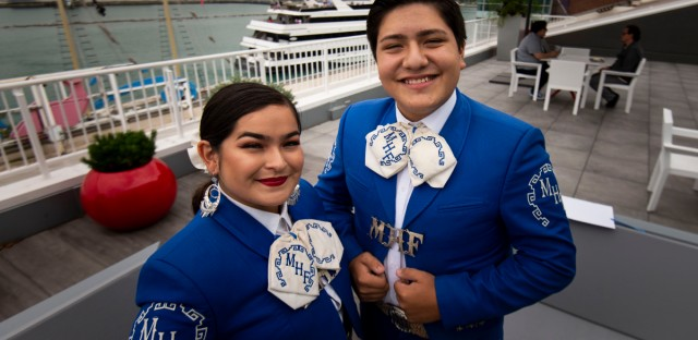 2 Young Mariachis