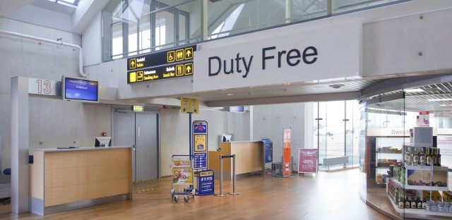 Planet Money : #841: The Land Of Duty Free Image