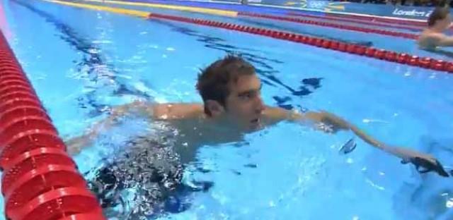 USA battles back against France in men's 4x200m relay final