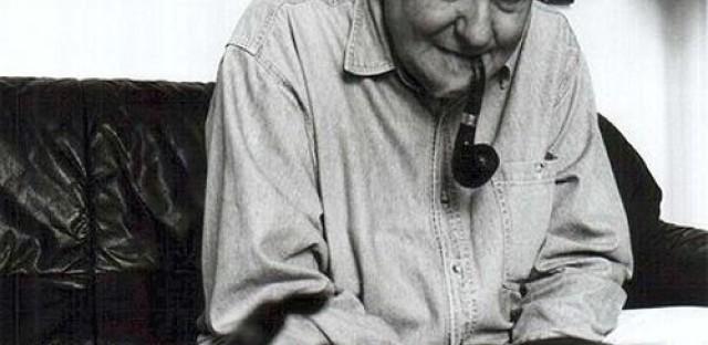 Hungarian film great dies at 92