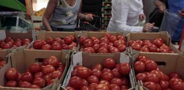 Russia bans food imports from US, EU and others